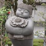 O - statue marrante - 01