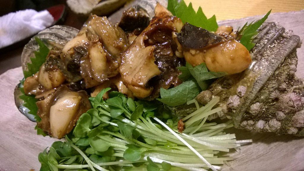 Sazae no bata yaki - Horned turban fried in garlic butter